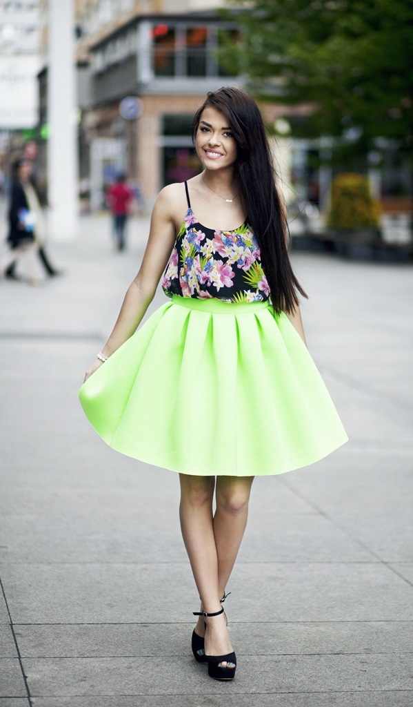 Neon-Outfits-and-Street-Style-ideas
