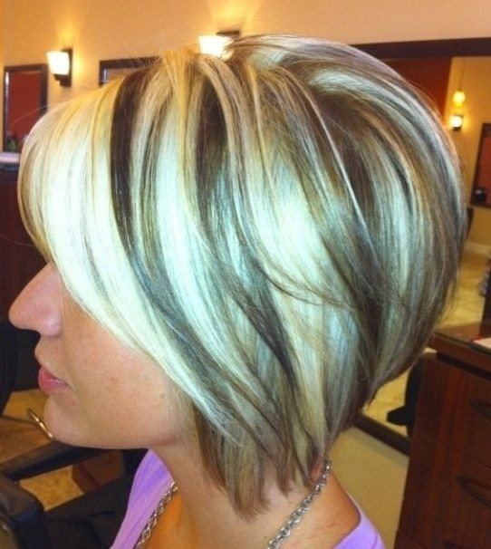 Ombre-Bob-Hair-Styles-Inverted-Short-Haircut