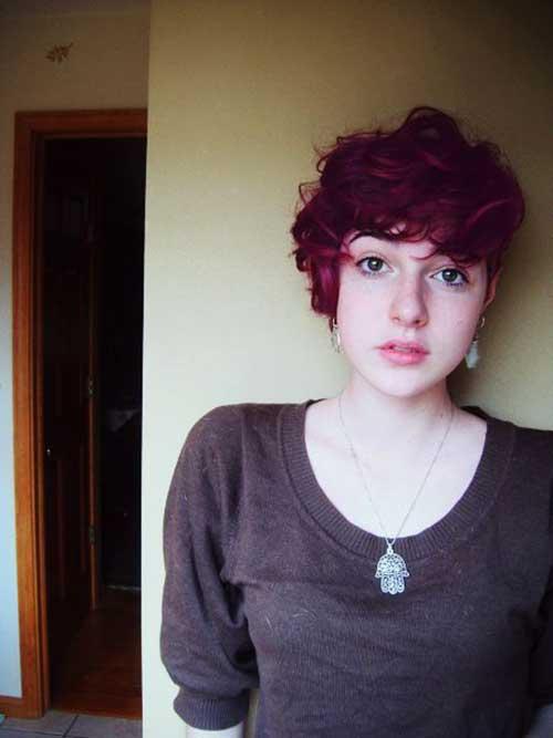 Pixie-Haircut-for-Wavy-Hair