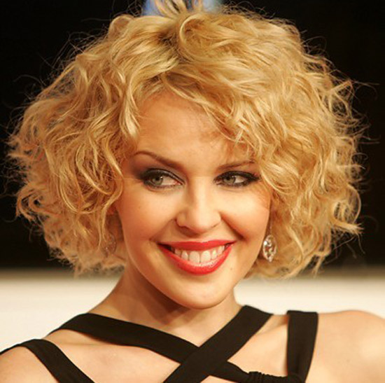 20-Best-Cute-Easy-Simple-Yet-Cool-Curly-Hairstyles-Haircuts-For-Women-14