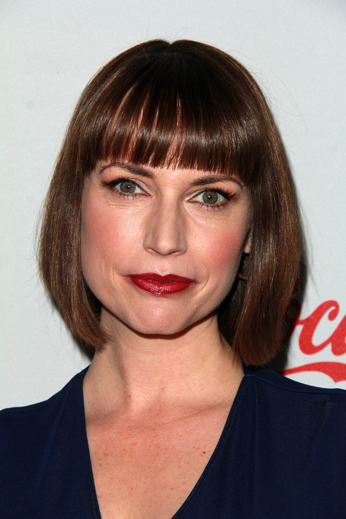 3-short-bob-with-bangs-and-layers