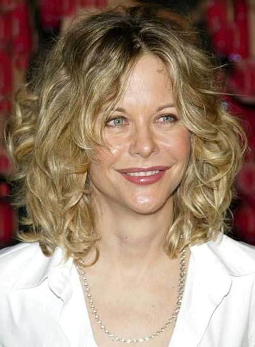 Blonde-Curly-Short-Hairstyles-for-Oval-Faces