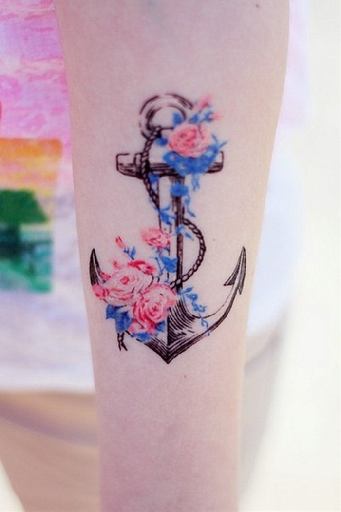 cool-anchor-and-flower-tattoo-designs-for-women-arm