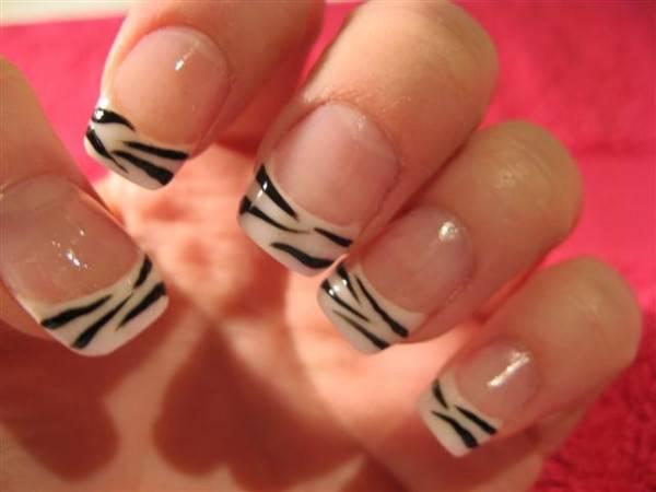 nail-art-tutorial-unghie-zebrate Nail-art-tutorial-unghie-zebrate