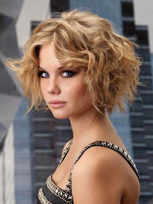 sexy-short-bob-hairstyle-with-curls