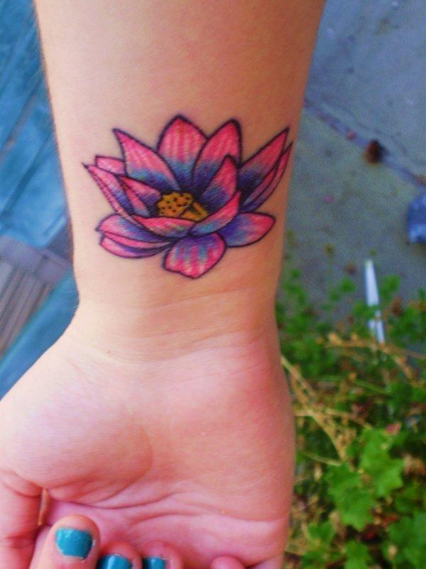tattoo-fiori-di-loto17