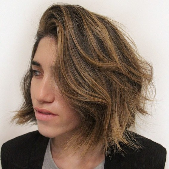 1-brown-bob-with-caramel-highlights