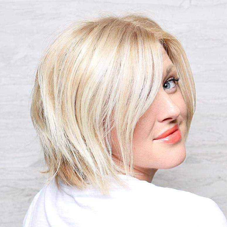 12-blonde-layered-bob