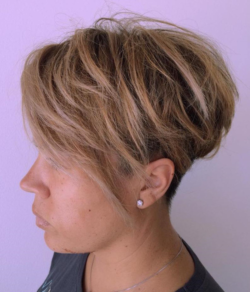18-tousled-pixie-with-undercut