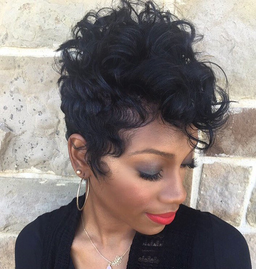 2-short-black-hairstyle-for-curly-hair