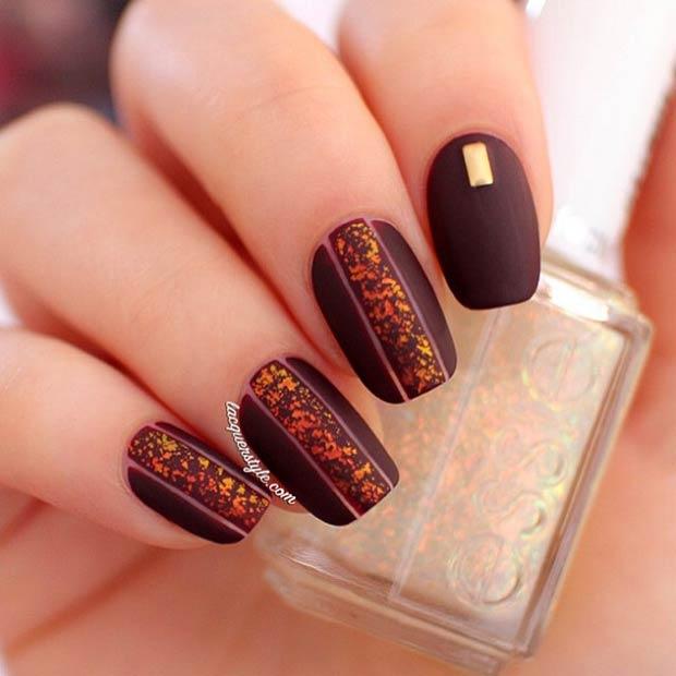 25-dark-matte-nail-design