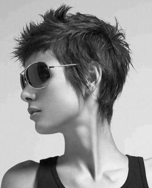 90-idee-tagli-capelli-corti-donna-6