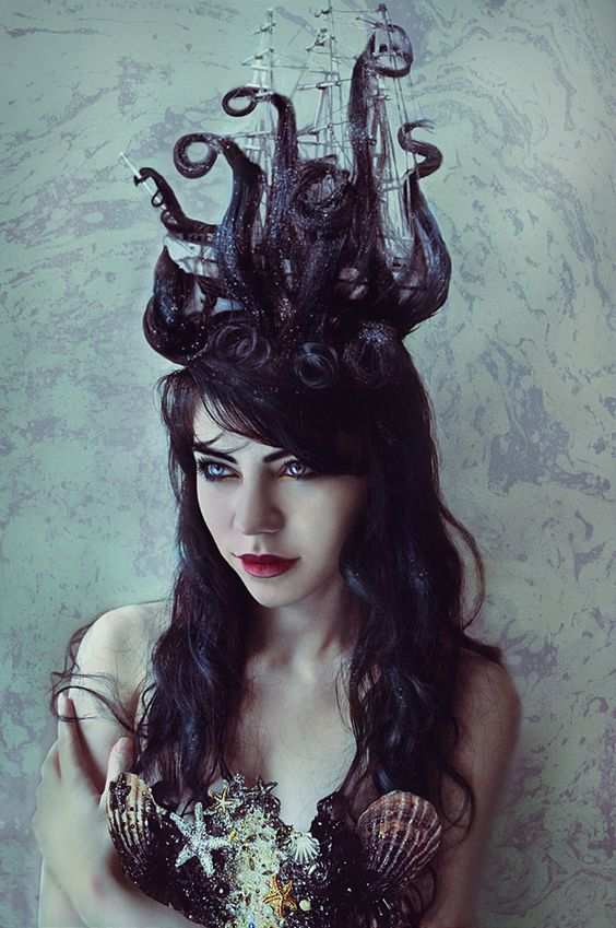 stylish-halloween-hair