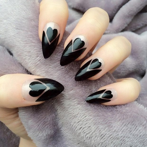 unghie-stiletto-nail-art-decorate-29