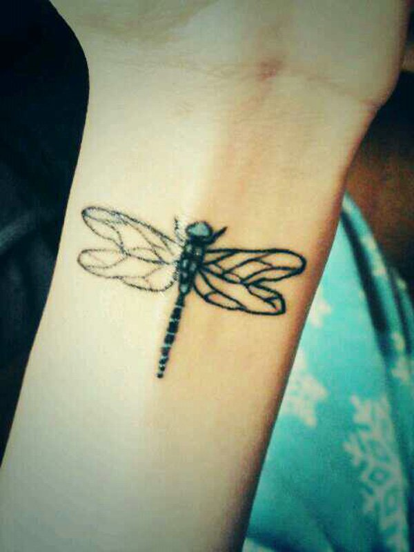 22-dragonfly-tattoo
