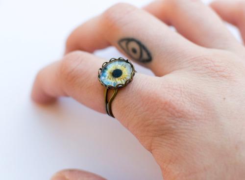 small-finger-tattoo_02