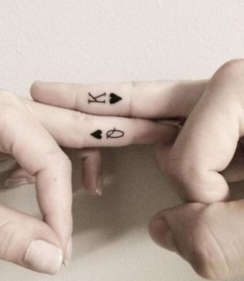 small-finger-tattoo_08