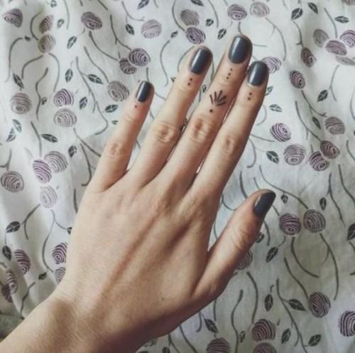 small-finger-tattoo_11
