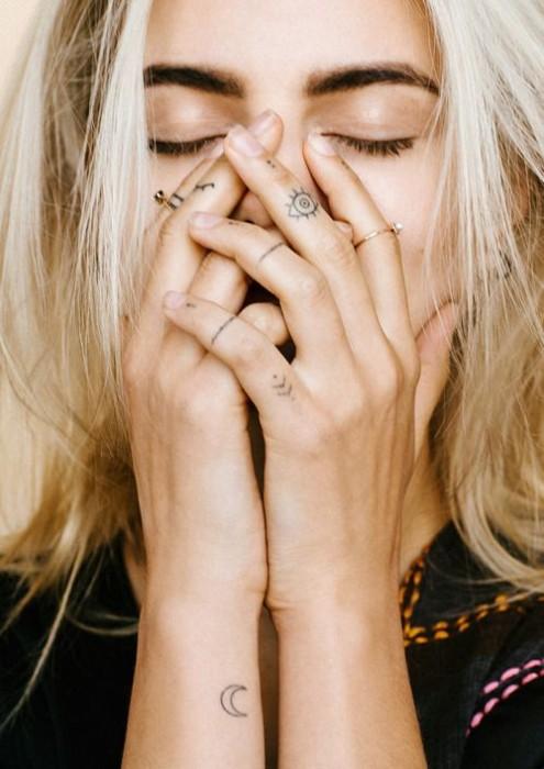 small-finger-tattoo_13