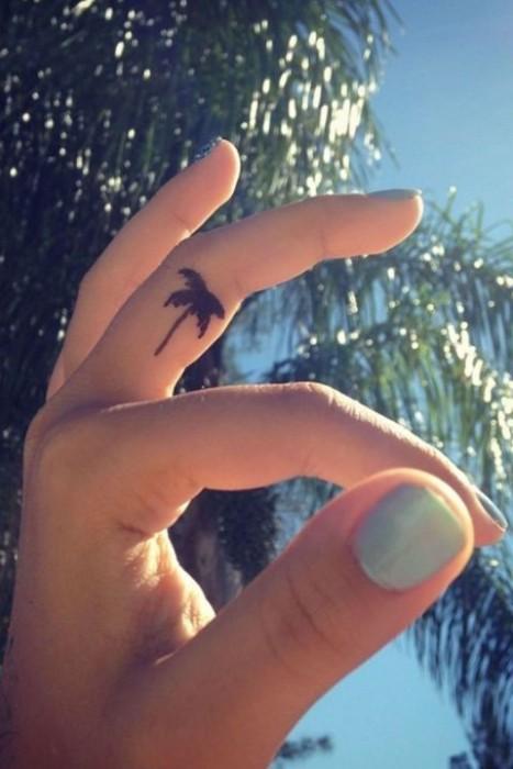 small-finger-tattoo_16