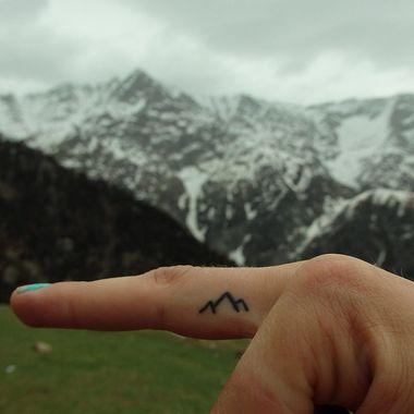 small-finger-tattoo_17