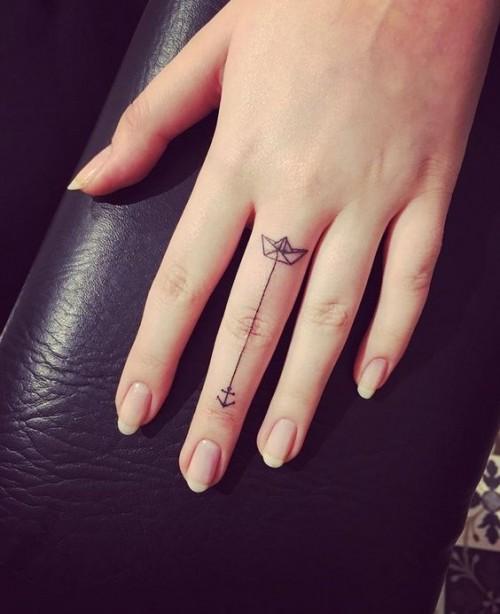 small-finger-tattoo_18