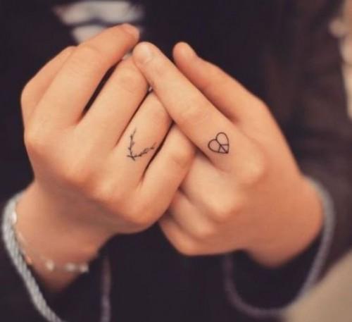 small-finger-tattoo_19