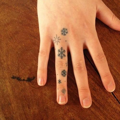 small-finger-tattoo_46