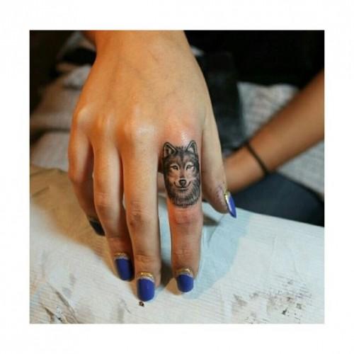 small-finger-tattoo_50