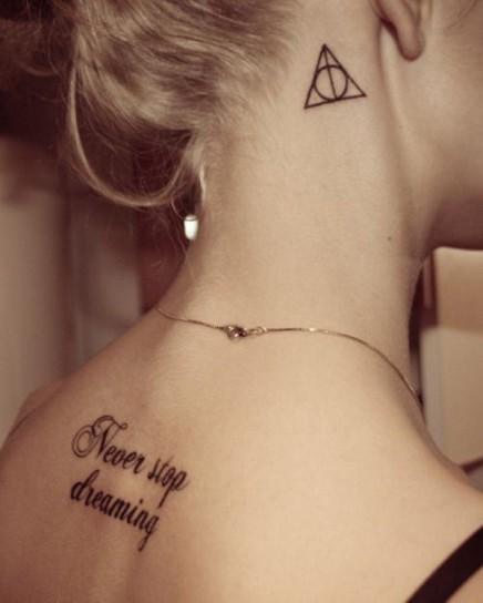 tatuaggi-femminili-per-il-collo6
