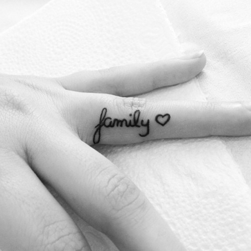 50-cute-tattoo-designs-for-girls-39