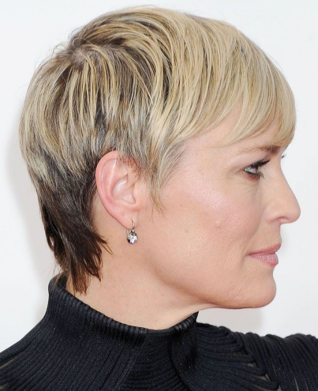 short hair styles over 40 50 fantastici tagli di capelli per 40 che vi faranno 3999 | Hairstyles for women over 40 37
