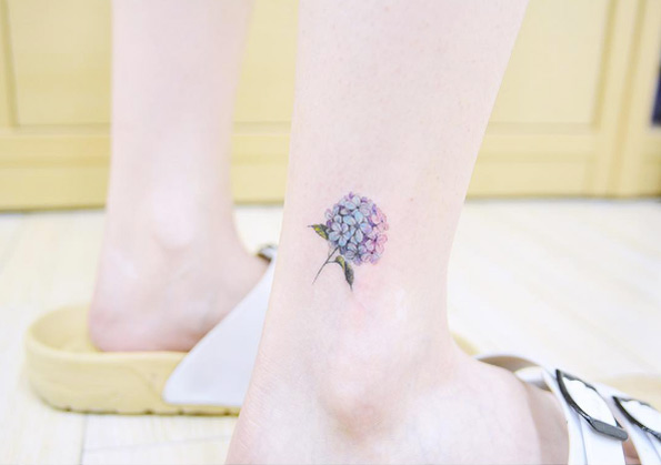 tiny-girl-tattoo-design-41