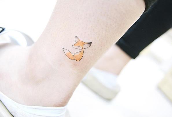 tiny-girl-tattoo-design-44