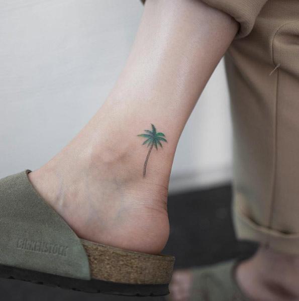 tiny-girl-tattoo-design-49