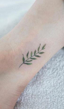 tiny-girl-tattoo-design-50