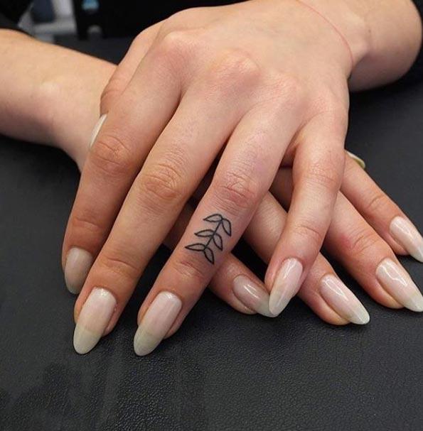 tiny-girl-tattoo-design-66