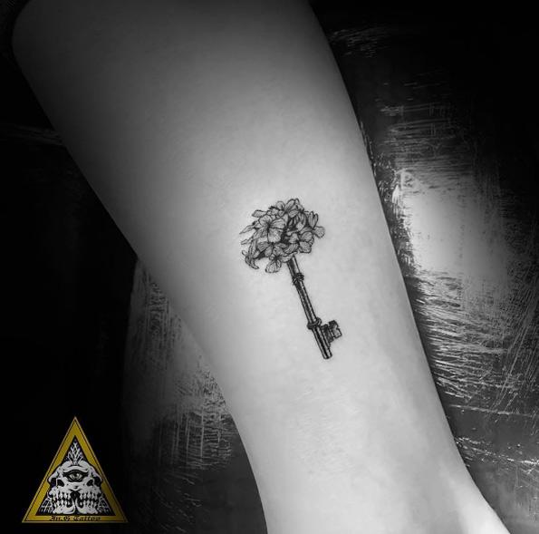 skeleton-key-tattoo