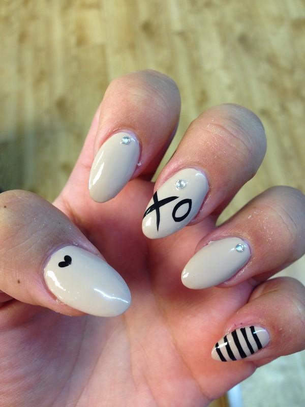 unghie a mandorla qualche consiglio per una ottima manicure
