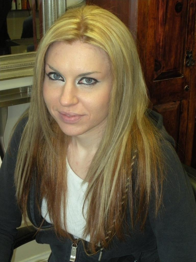 Blonde Hair On Top And Brown Underneath Dark Brown Hair