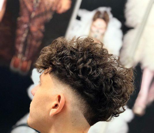 Tagli capelli ricci uomo