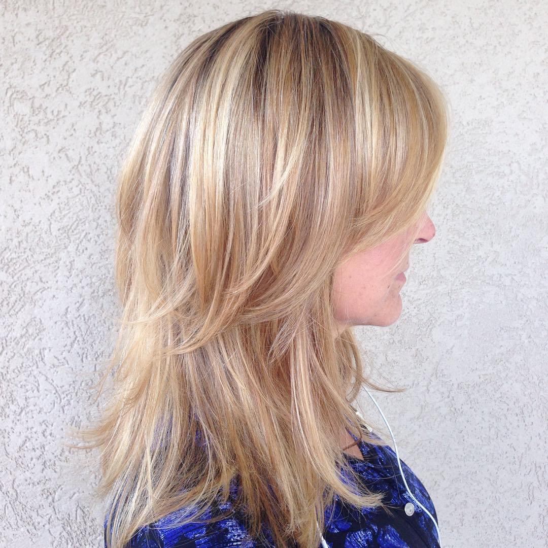 70 tagli medio lunghi per le donne con i capelli sottili