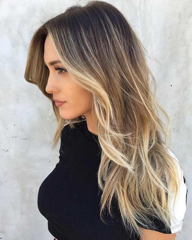 Tagli su capelli lunghi mossi