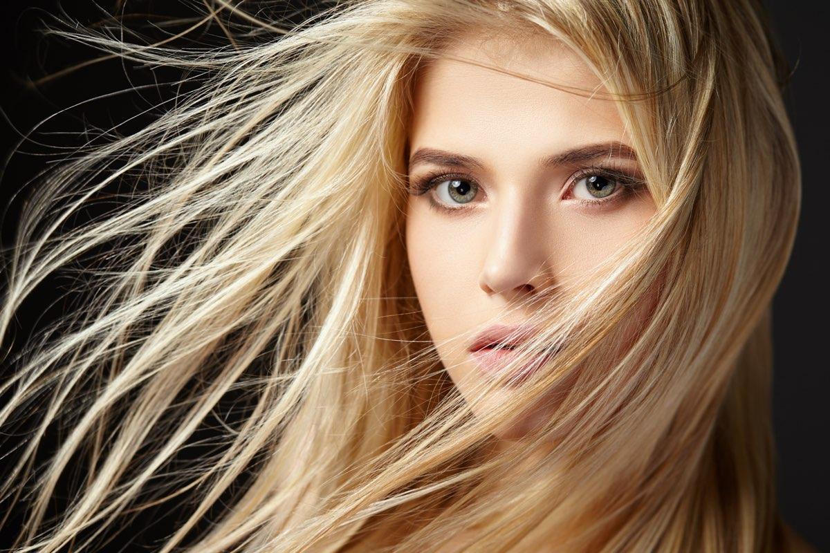Modi per tenere i capelli lunghi
