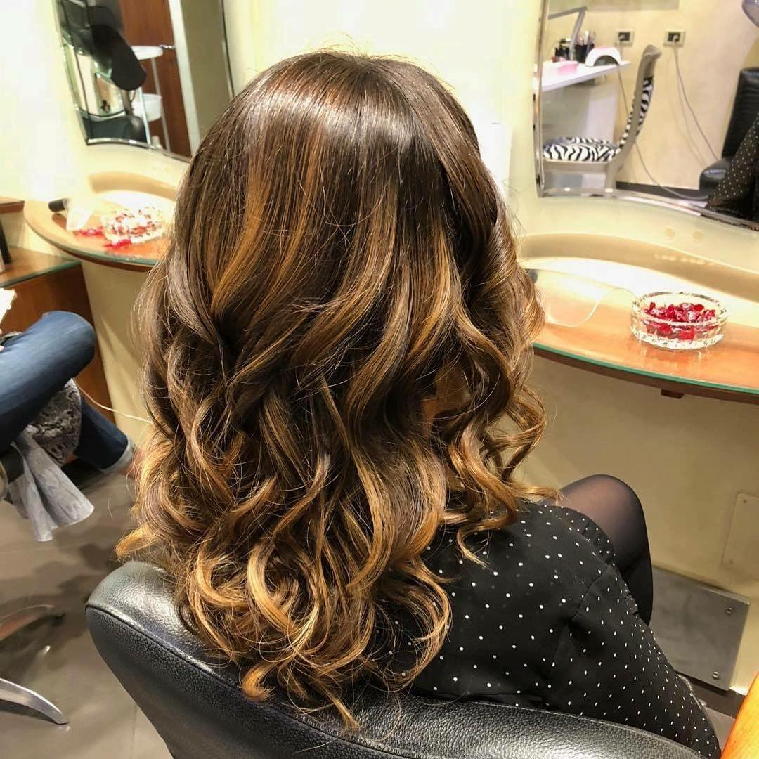 capelli lunghi balayage