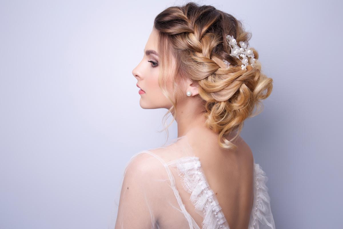 Acconciature da sposa  i migliori tagli di capelli corti e lunghi 5b69daffa535