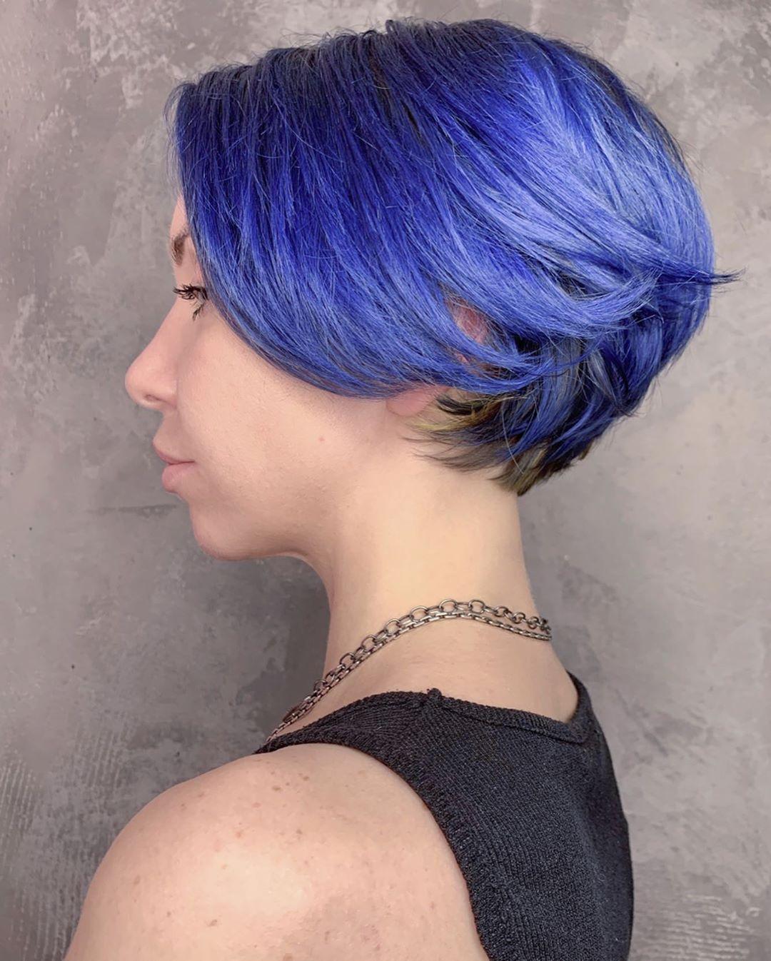 blu lisci corti