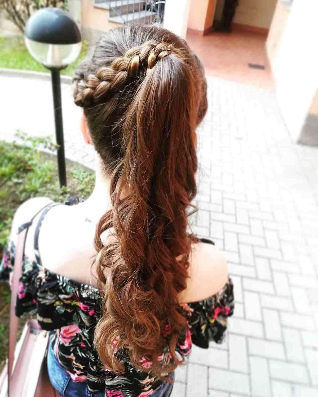 Foto capelli lunghi treccia