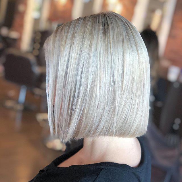 capelli biondi e bianchi