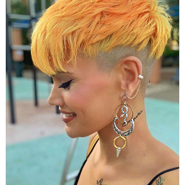 corti gialli arancione